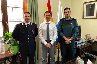 La guardia civil incorpora un agente italiano en fuerteventura para luchar contra la delincuencia - Farmacia guardia puerto del rosario ...